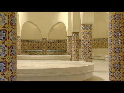 شاهد  افتتاح حمَّامات مسجد الحسن الثاني في الدار البيضاء