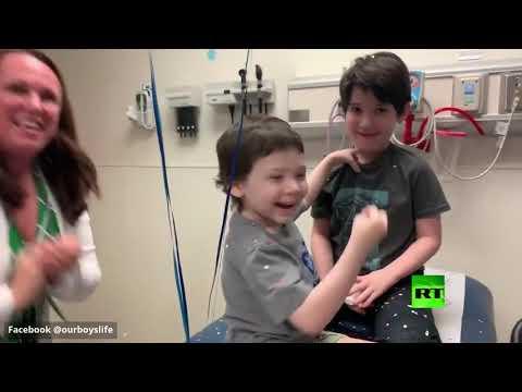 شاهد  طفل عمره 5 سنوات يقهر المرض الخبيث